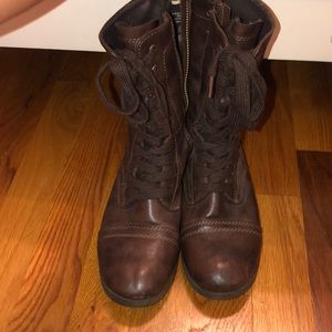 Mossimo Brown Boots - Size 6